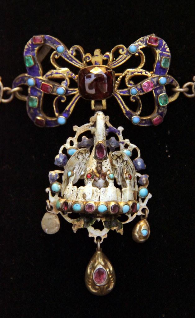Hungarian 17th Century Jewellery Hungarian National