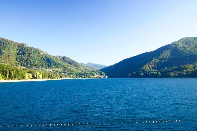 Jezioro Suviana w Apeninach