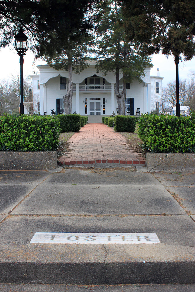 Foster chapman house aka laurel hill 1852 1856 1845 for Chapman house