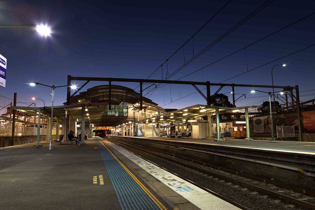 how to get to blacktown by train