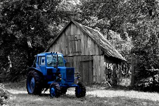 We all livin' in a blue tractor.... | by Leon LC
