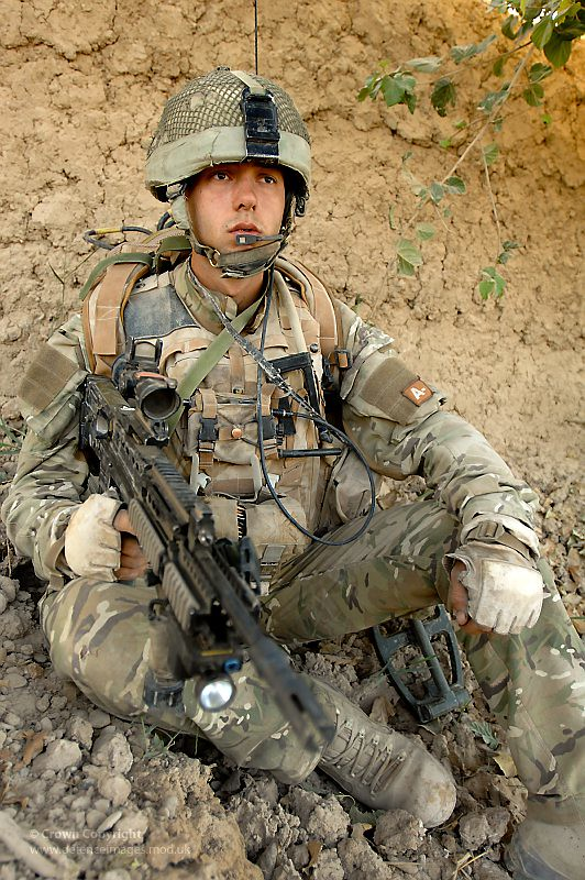 soldier from 1 scots guards in afghanistan a soldier from flickr
