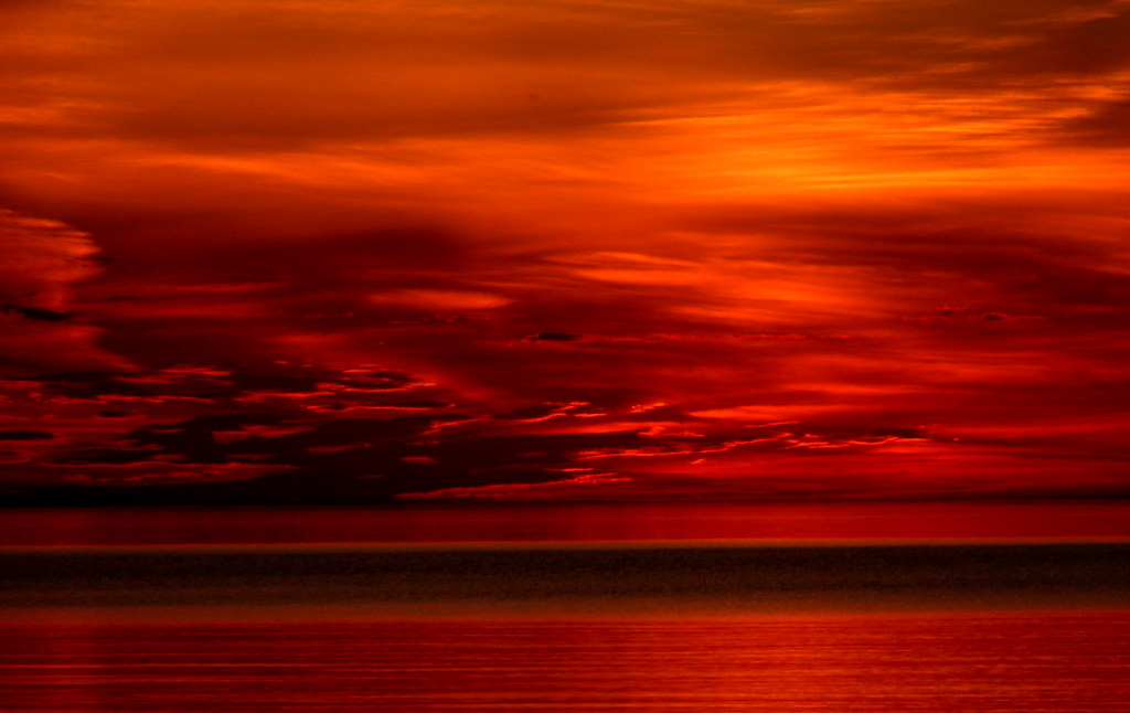 Red sky after sunset | A gorgeous gorgeous sunset along the ...