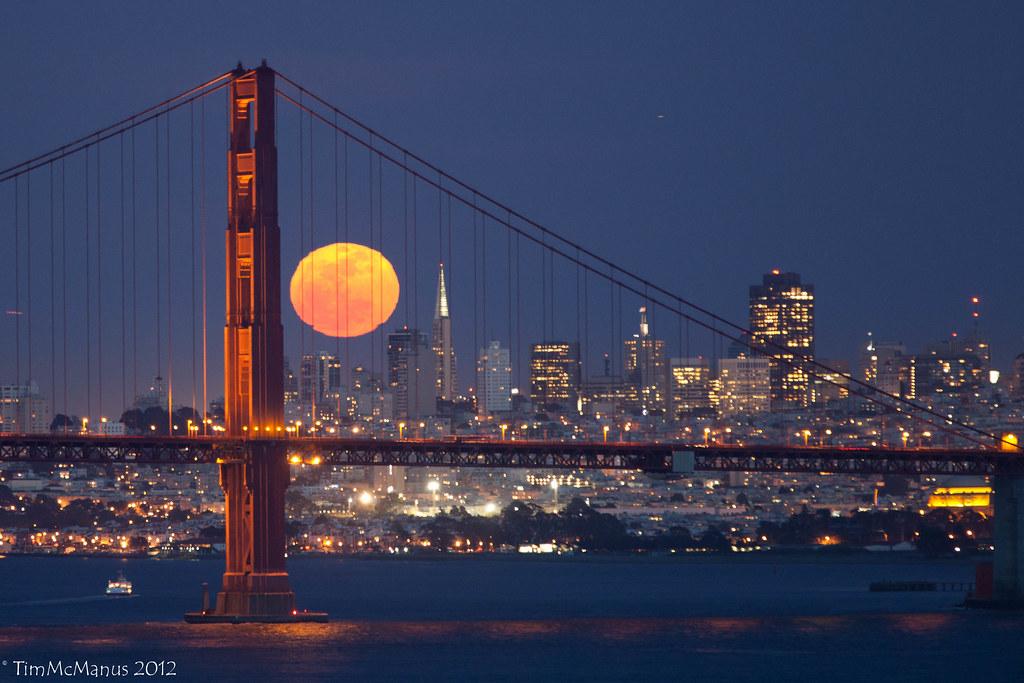 Full Moon Over San Francisco | Tim McManus | Flickr