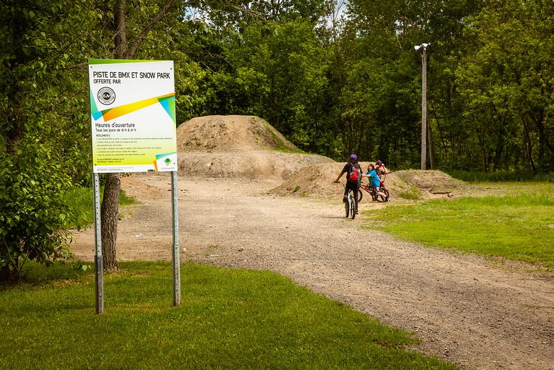 Piste de BMX freestyle au Parc Terre-des-Jeunes