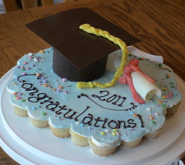 Graduation cupcake-cake Flickr - Photo Sharing!