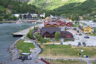 Wikipedia_Flåm | by e_ht12