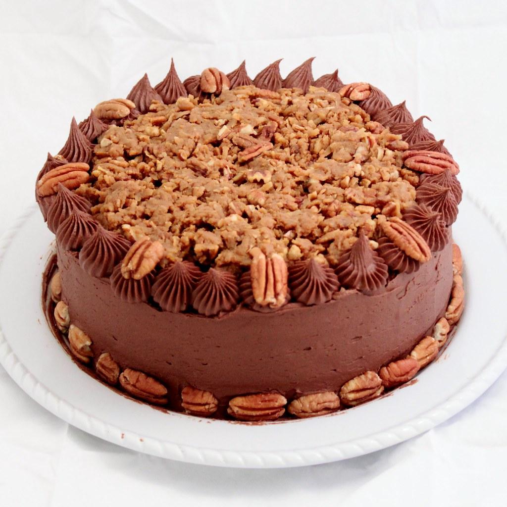 German Chocolate Cake | German chocolate cake with chocolate ...