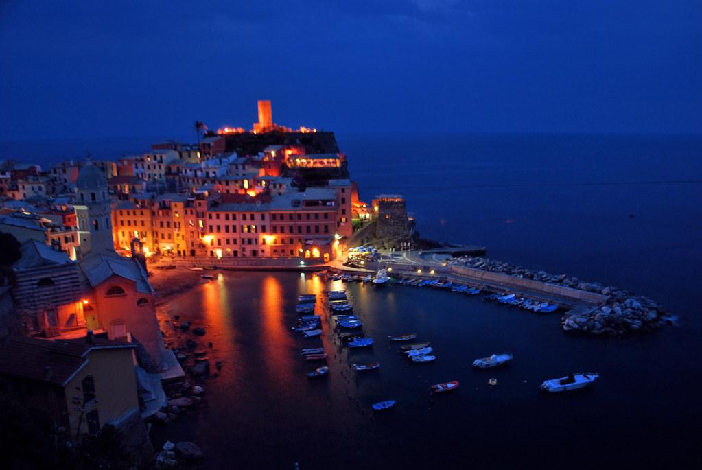 Vernazza In Cinque Terre National Park Italy Explore