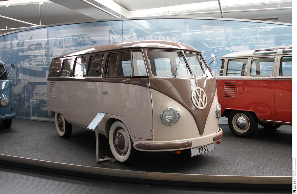 1951 Volkswagen T1 Bulli (01) | The Volkswagen Transporter s… | Flickr