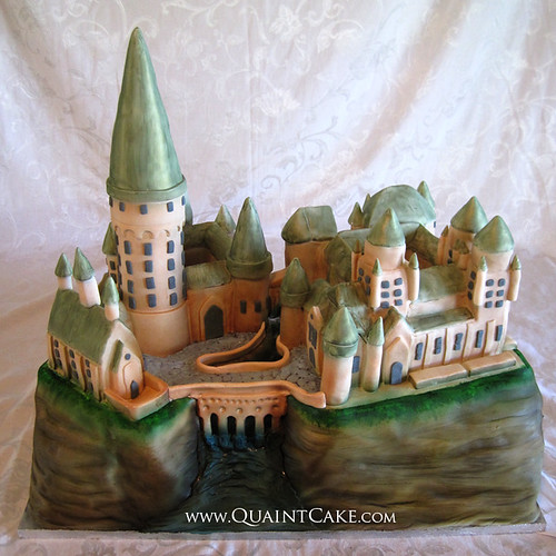 Harry Potter - Hogwarts Castle Cake | by quaintcake