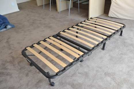 (SOLD) IKEA Single Sofa Bed View 2 | $100 | pob9992003 | Flickr