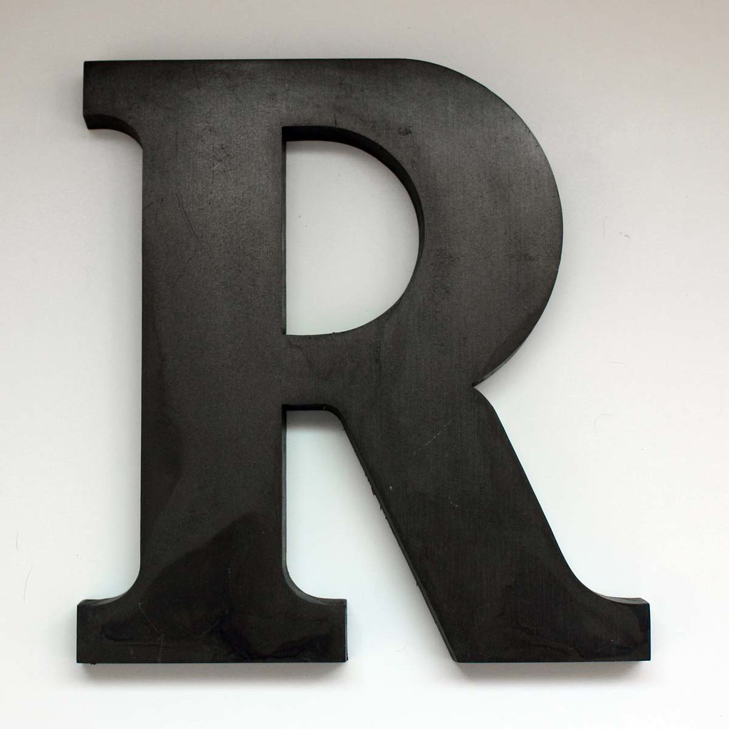 Letter R Large 2 This Is A Vintage Letter Quot R Quot From The
