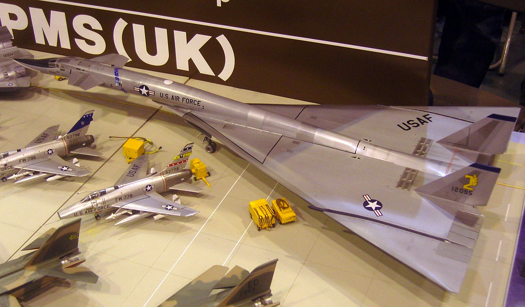 About Us >> Model B-70 Valkyrie - 1/72 scale | As it might have appeared… | Flickr