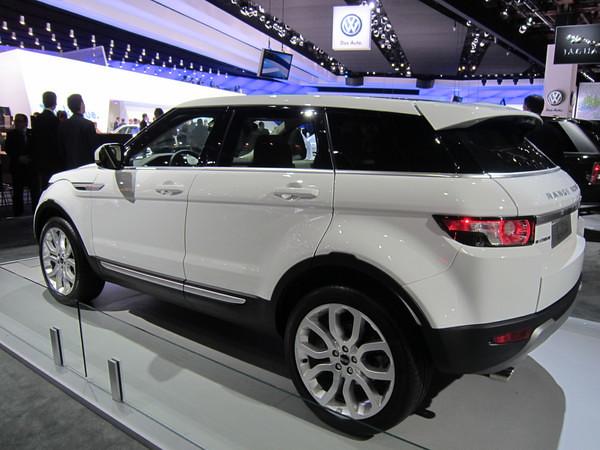 2011 detroit auto show range rover evoque 5 door flickr. Black Bedroom Furniture Sets. Home Design Ideas