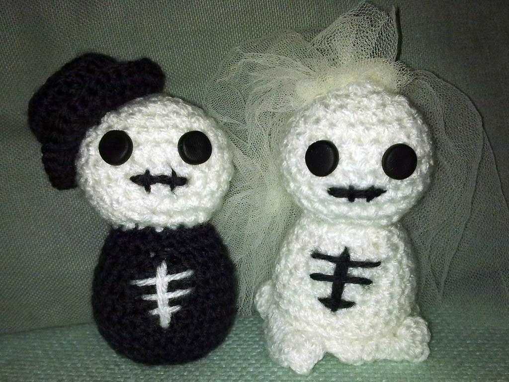 Skeleton Bride And Groom Cake Toppers Uk