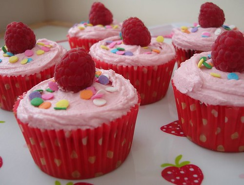 Raspberry cupcakes. | by Victorious Cupcakes