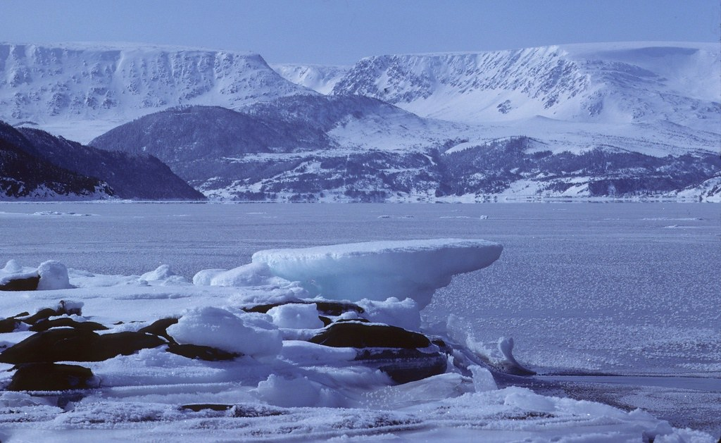 Bonne bay ice with table mountain in the background in the - Table mountain wallpaper ...