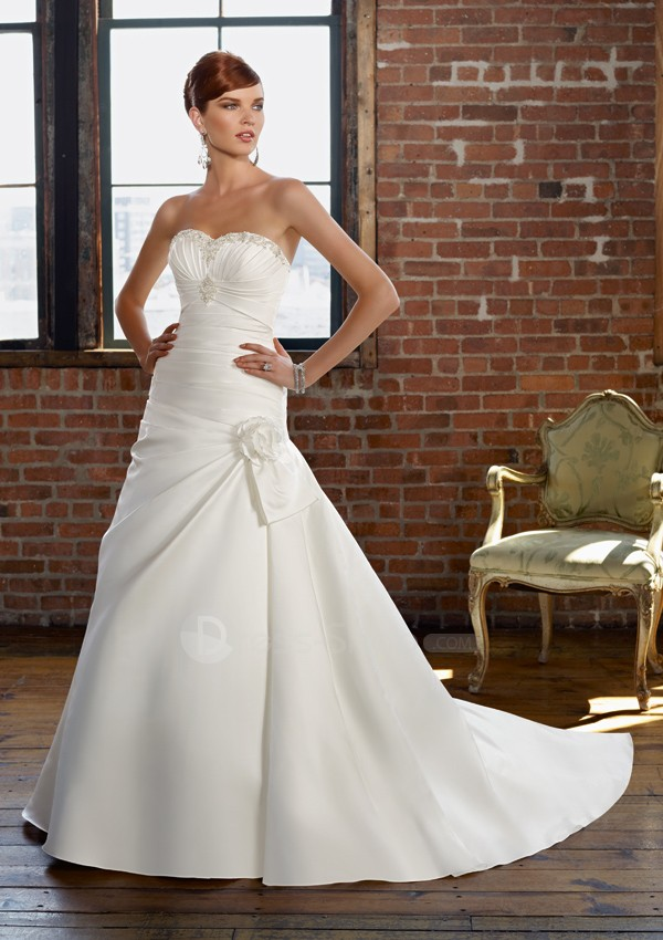 Satin-Strapless-Beaded-Sweetheart-Neckline-with-A-line-Skirt-2011-Custom-Made-Elegant-Wedding-Dresses