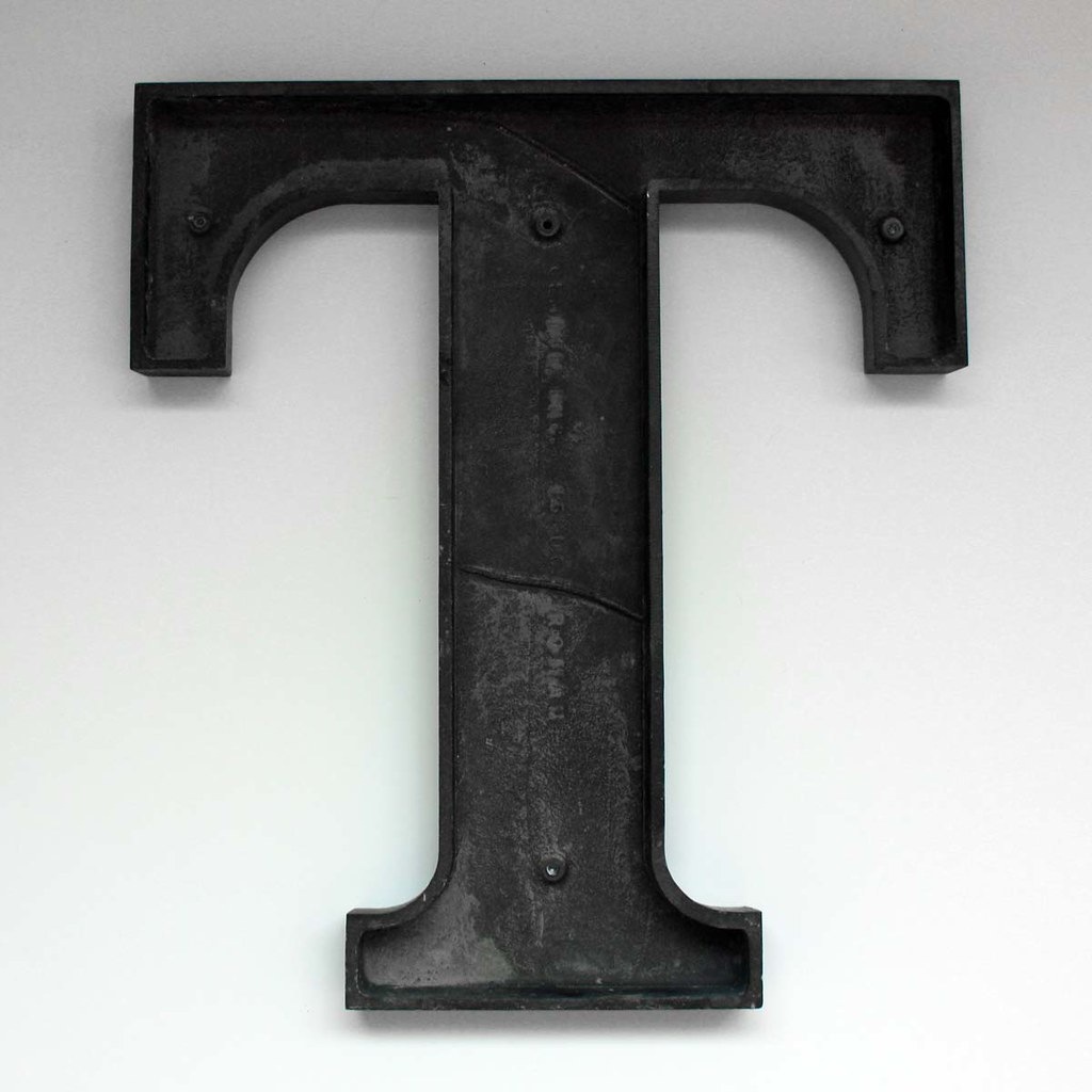 Letter T Large 3 This Is A Vintage Letter Quot T Quot From The