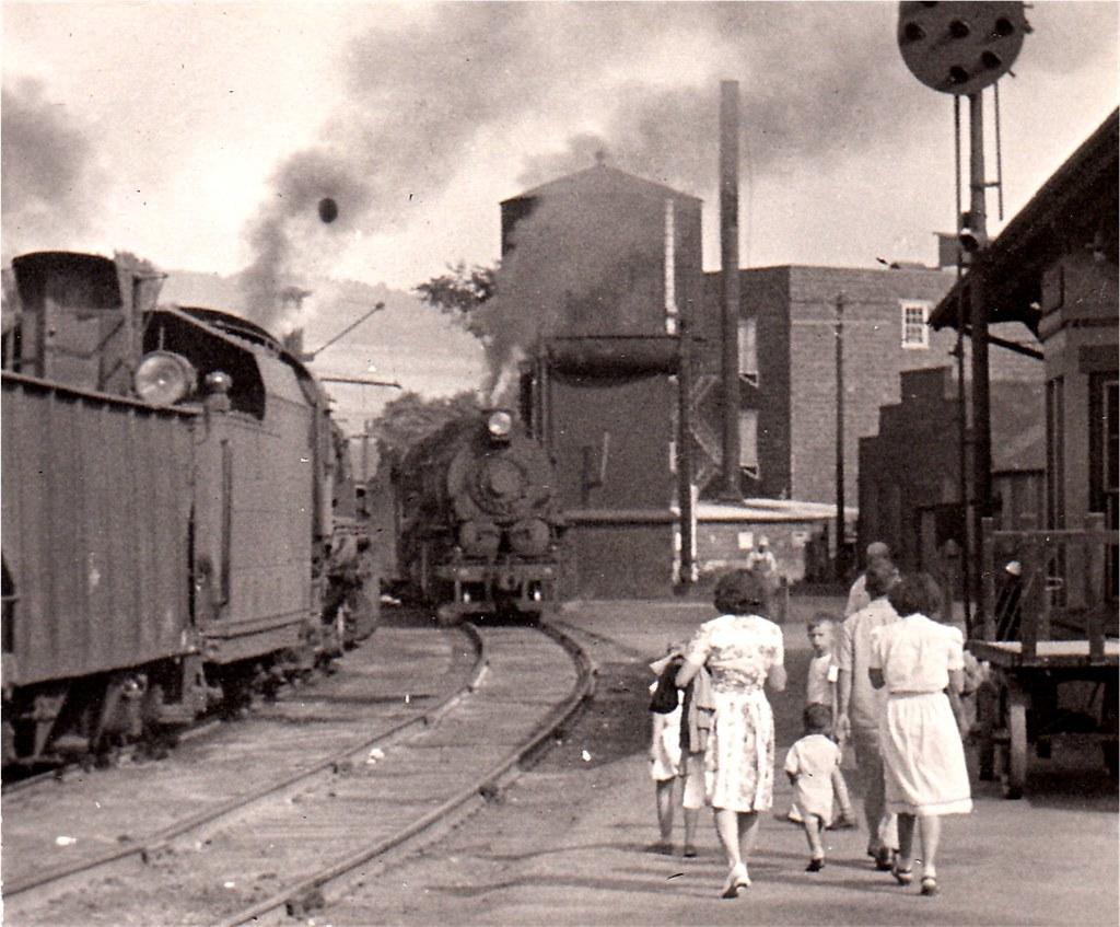 Watkins Glen Images >> Watkins Glen PRR Station 1947 | The Bald Eagle Branch of the… | Flickr