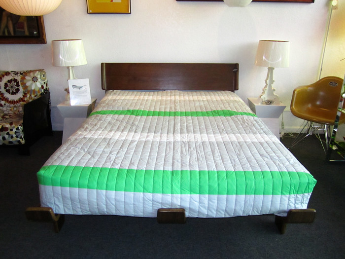 modernica bed case study alpine bed this bed can only be. Black Bedroom Furniture Sets. Home Design Ideas