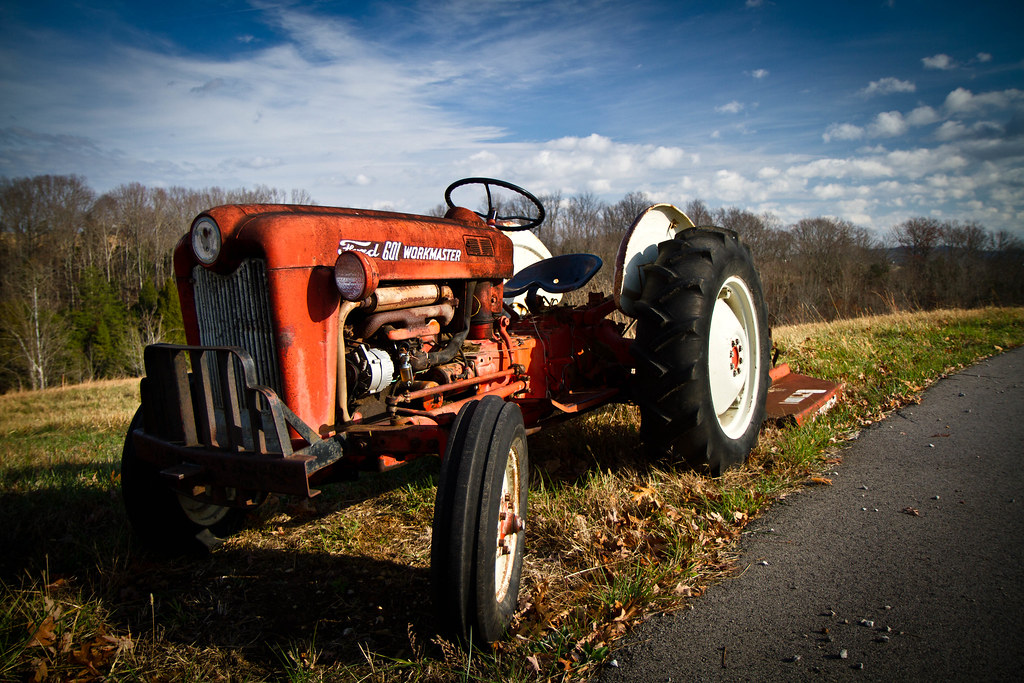 Ford Workmaster 601 Tractor Horsepower : Ford workmaster tractor marumi