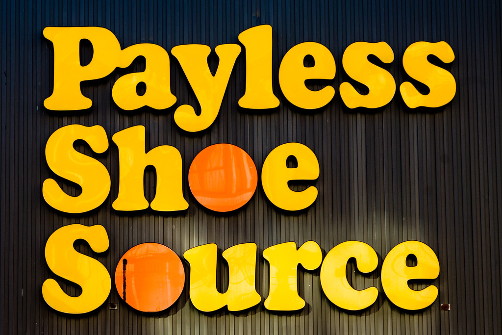 Payless Auto Glass has 6 auto glass replacement locations throughout Connecticut, Rhode Island and Massachusetts. If you can't come to us, we will come to you to replace or repair your auto glass in Connecticut, Rhode Island and Massachusetts, FREE of charge.