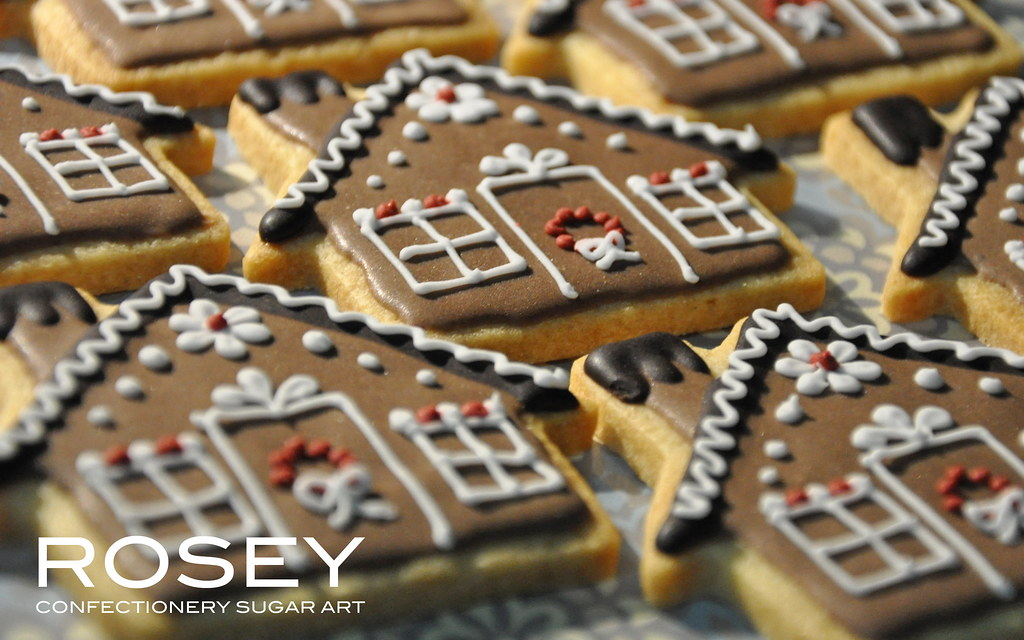 "The Gingerbread White House >> GINGERBREAD HOUSE COOKIE 2010 | Inspired by ""Hensel & Gretel… 