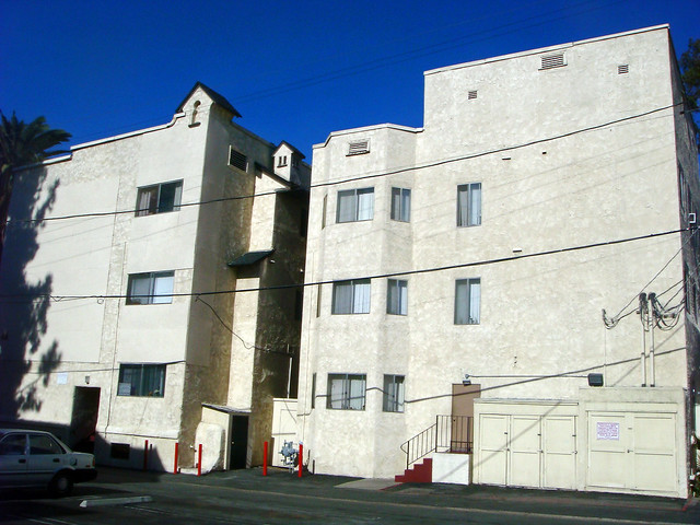 Lawrence Court Apartments Broomall Pa
