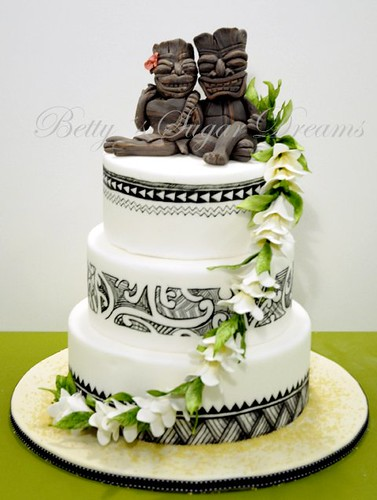 Polynesian Wedding Cake