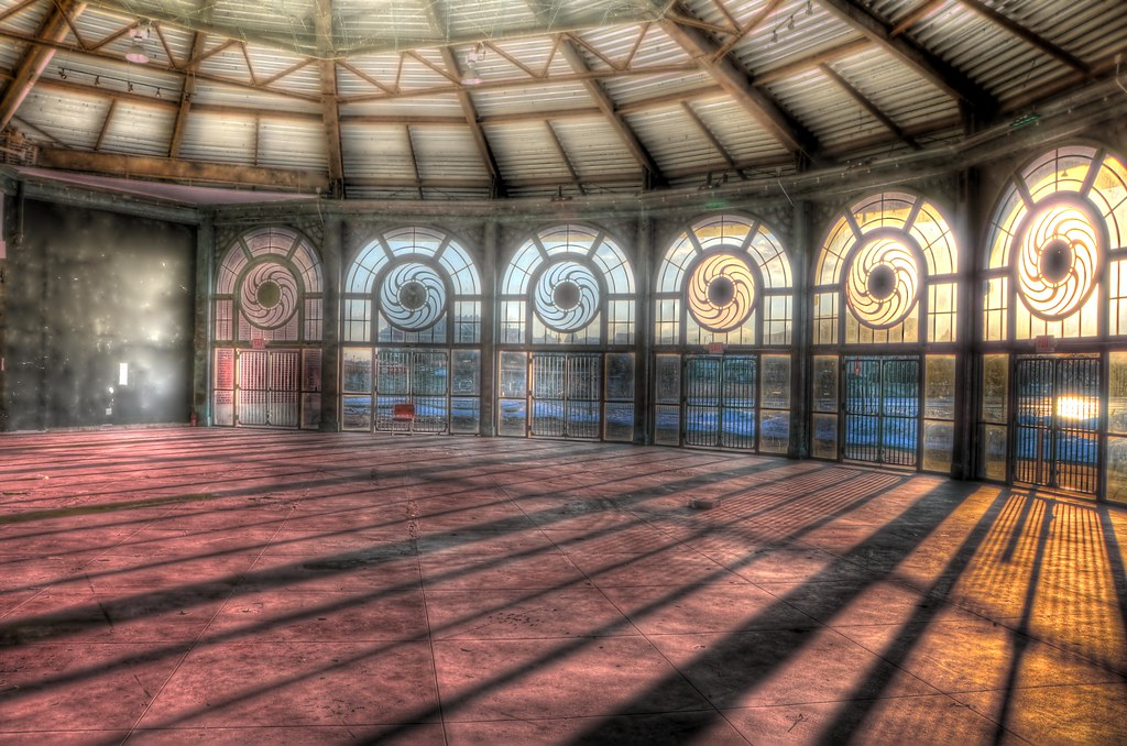 abandoned carousel house hdr