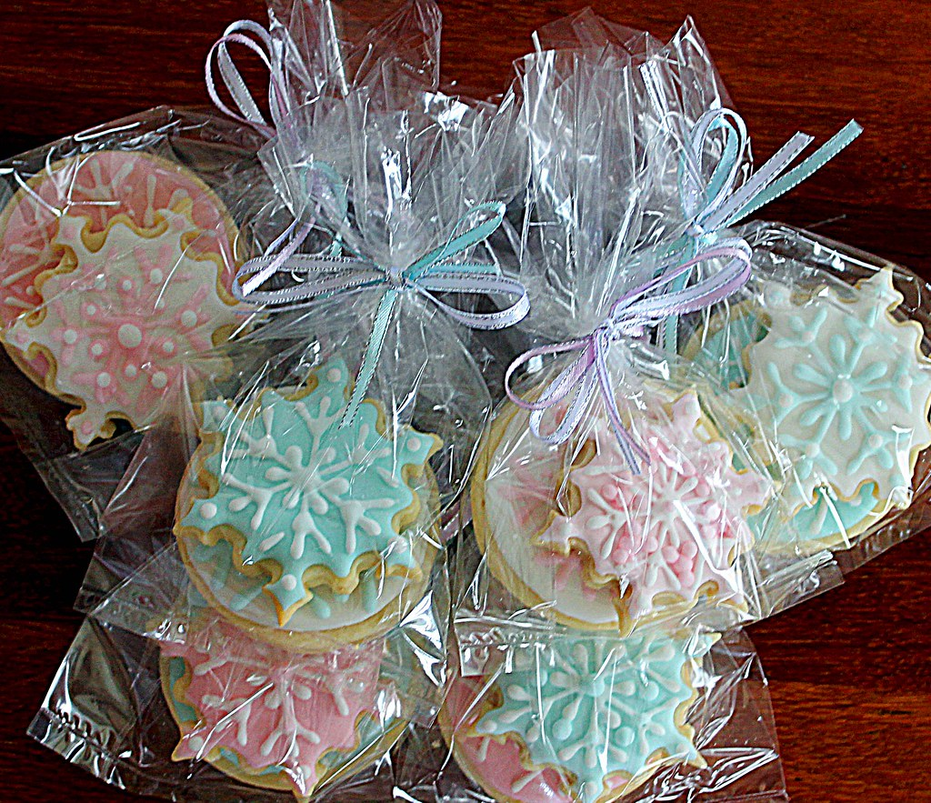 Snowflake Cookies In Cello Bags My Theme Was White Pink