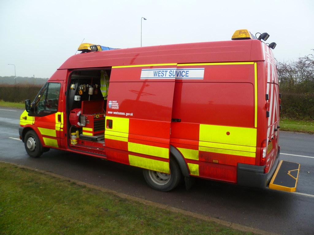 hy59efh west sussex fire rescue service ford transit jum. Black Bedroom Furniture Sets. Home Design Ideas