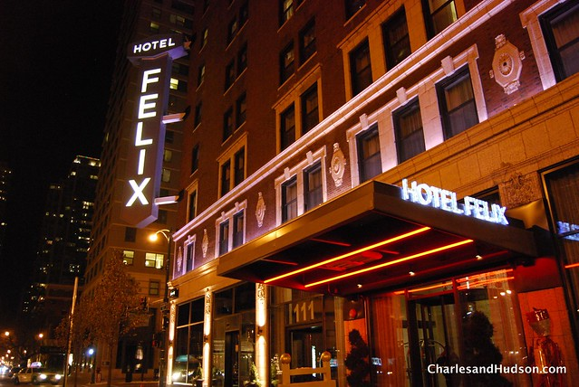 Downtown Chicago Hotels With Whirlpool Suites