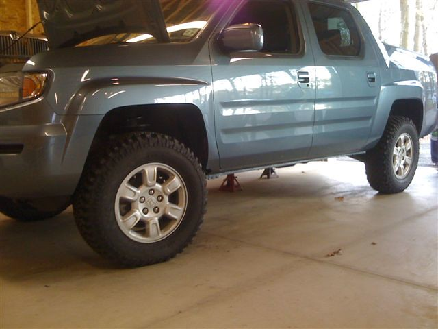 honda ridgeline with Truxxx 2in. lift and 255-75-17's (32.… | Flickr