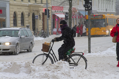 Snowstorm Bundled - Winter Cycling in Copenhagen | by Mikael Colville-Andersen