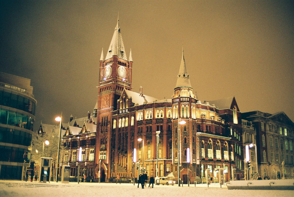 University Of Liverpool Covered Heavy Snow D Flickr