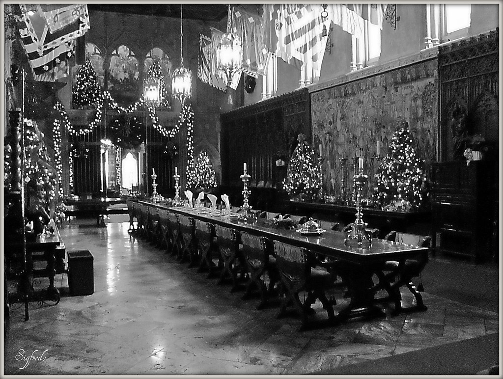 Images For Castle Dining Room