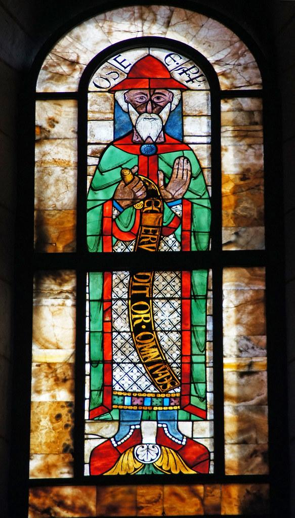 2011-02-26 Augsburg 037 Dom Unserer Lieben Frau, Buntglasfenster, Prophet Hosea