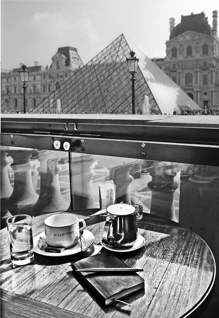 le cafe marly musee du louvre time to rest after strollin flickr. Black Bedroom Furniture Sets. Home Design Ideas
