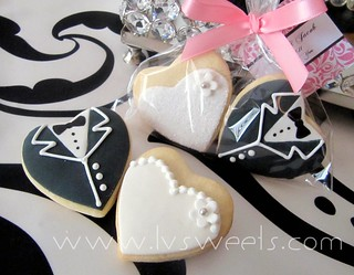 Mini Bride & Groom - Gift Bag set | by L&V sweets