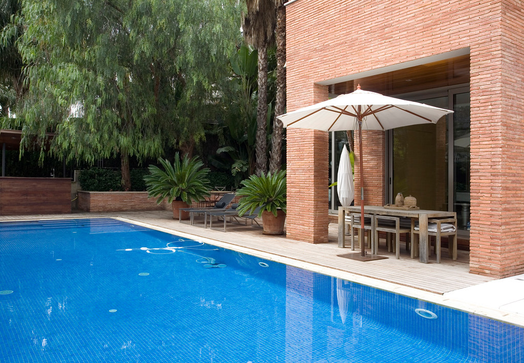 Pool House To Buy In Barcelona Spain Swimming Pool