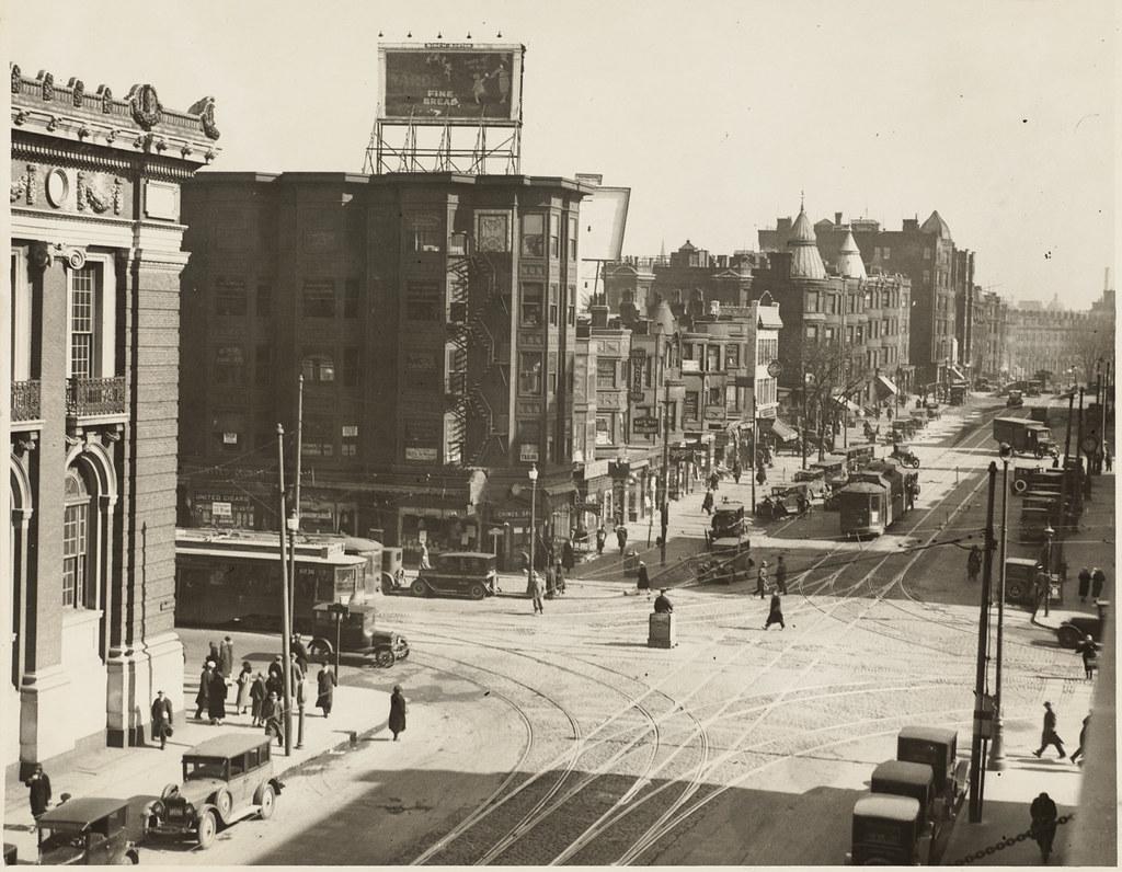 Massachusetts Avenue About 1926 File Name 08 02 003459