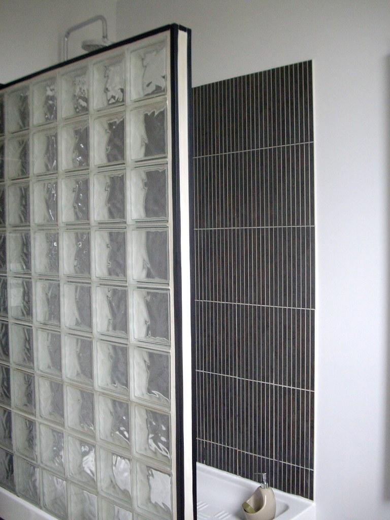 r novation bac douche grattage de tous les joints retir flickr. Black Bedroom Furniture Sets. Home Design Ideas