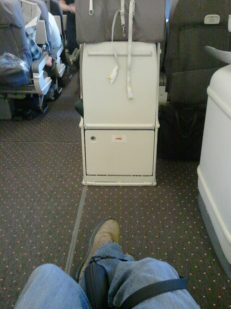 Exit Row Seat 30h Boeing 777 United Airlines This Is The