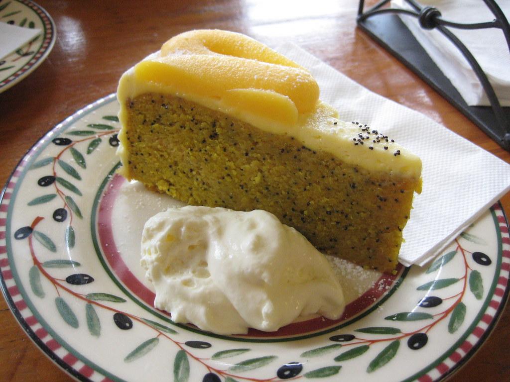 Lemon Poppy Cake Technicolorkitchen