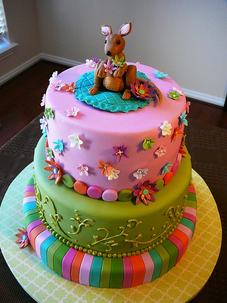Amazing Baby Shower Cakes Pictures