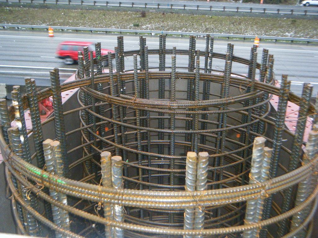 Rebar cage   Crews are building bridge columns for the new ...