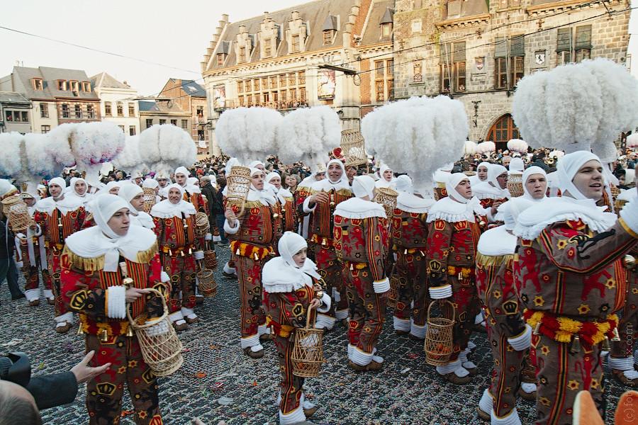 Carnaval de Binche, 2011 | Margi-Gras (Fat Tuesday) on Carni… | Flickr